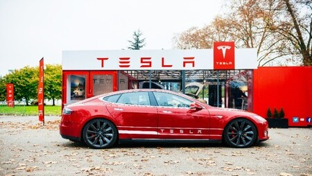 Tesla's Marketing Strategy: What Your Company Can Learn